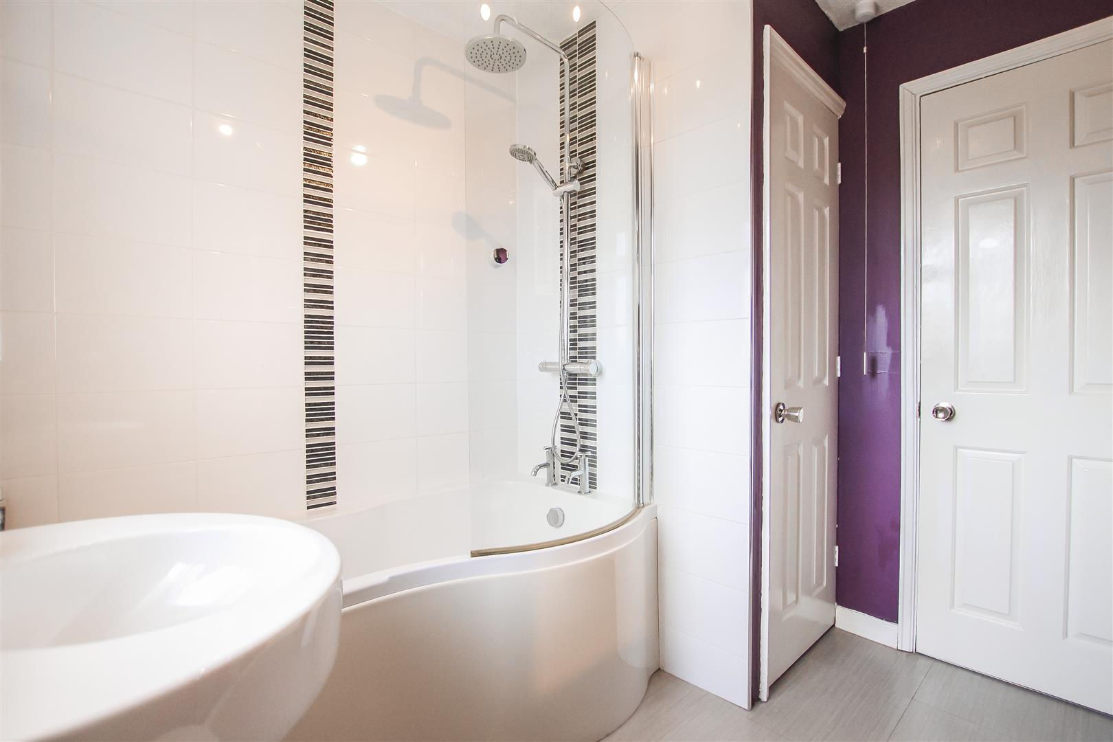 4 Bedroom Detached House For Sale - Image 42